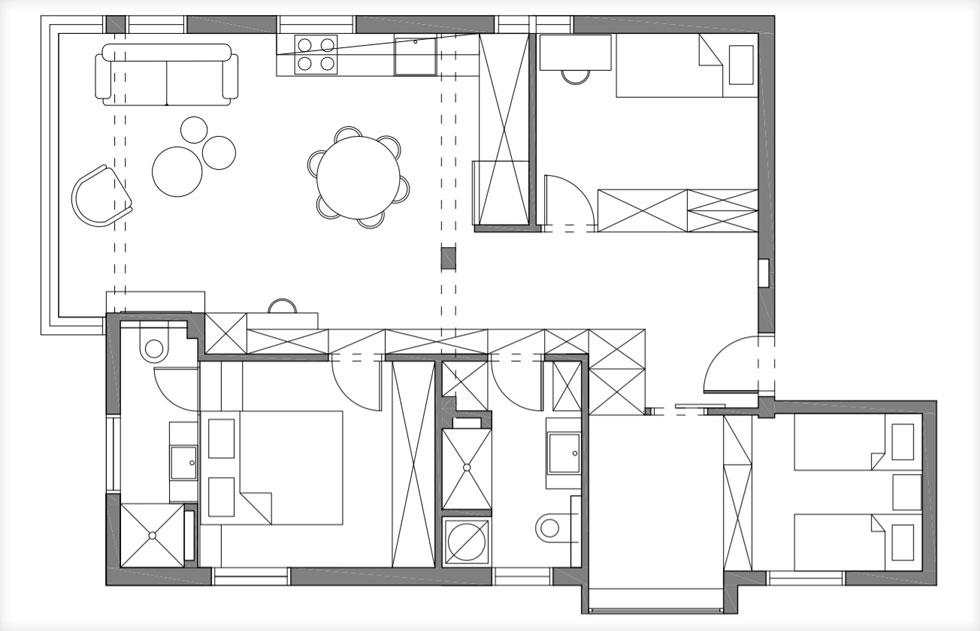 בחלק מהמקומות הארונות משמשים במקום קירות. תוכנית הדירה  (צילום: איתי בנית)