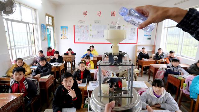 סין במקום העשירי במדעים, ישראל רק 39 (צילום: AFP)
