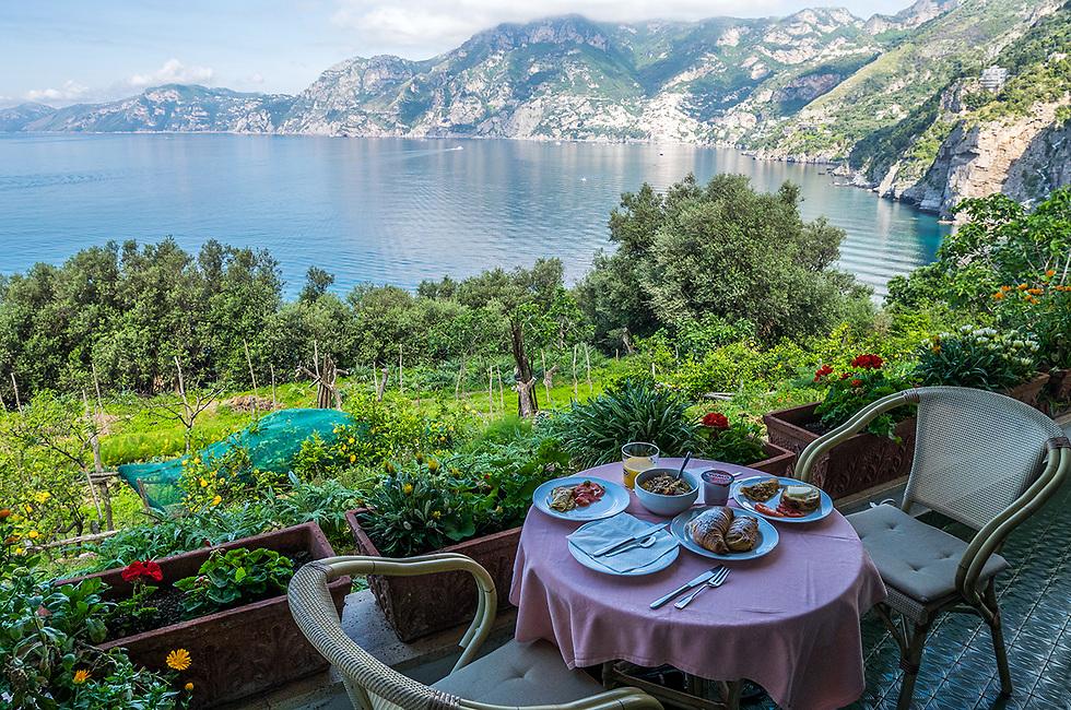 אם לא תיפלו במלכודות התיירים תוכלו להינות מארוחות טריות וזולות (צילום: ליאור קורן)