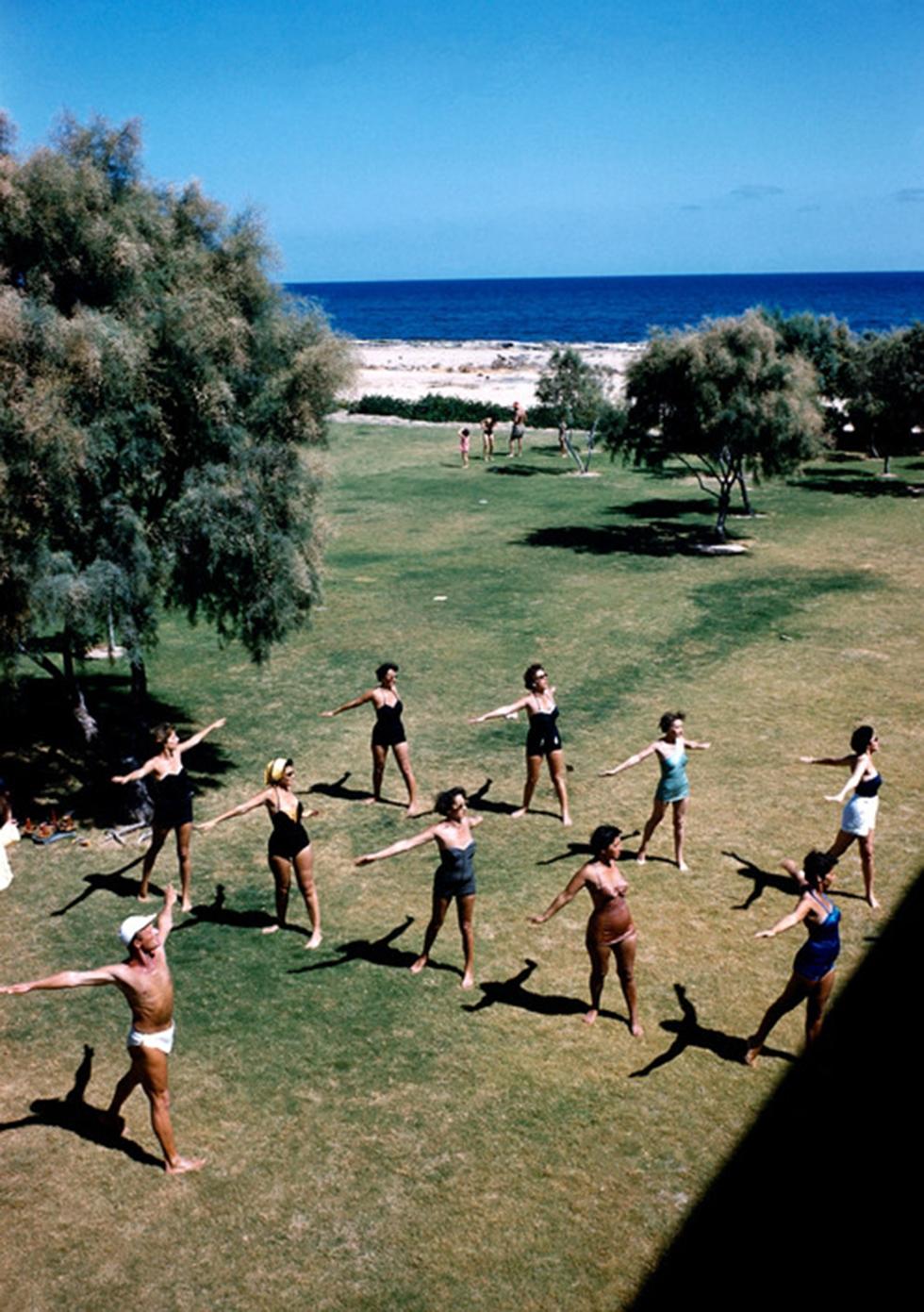 Tel Aviv's famed Independence Park, 1952, hosting an aerobics group (Photo: David Seymour)