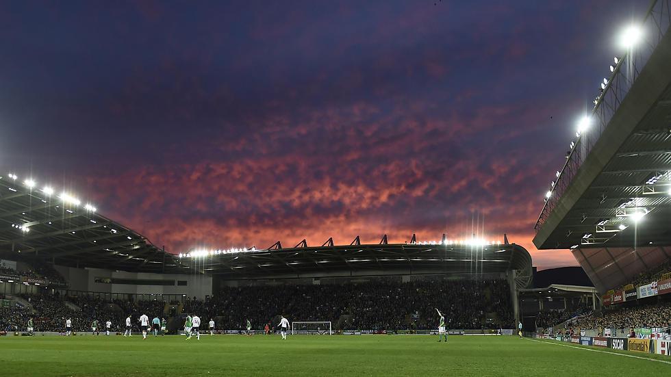 האצטדיון בבלפסט לבש חג (צילום: גטי אימג'ס) (צילום: גטי אימג'ס)