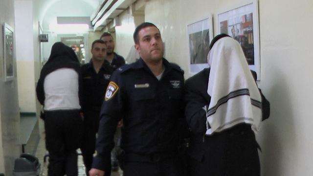 הארכת מעצר לחשודים (צילום: אלי מנדלבאום) (צילום: אלי מנדלבאום)