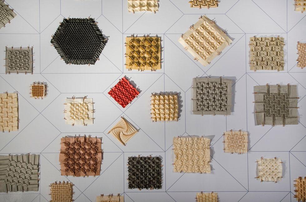 תצוגת תכלית של אמן האוריגמי אילן גריבי (צילום: הדר סייפן)