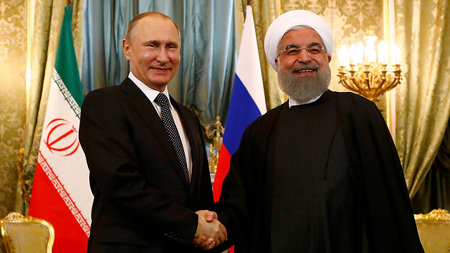 Putin with Iranian President Hassan Rouhani (Photo: Reuters) (Photo: Reuters)