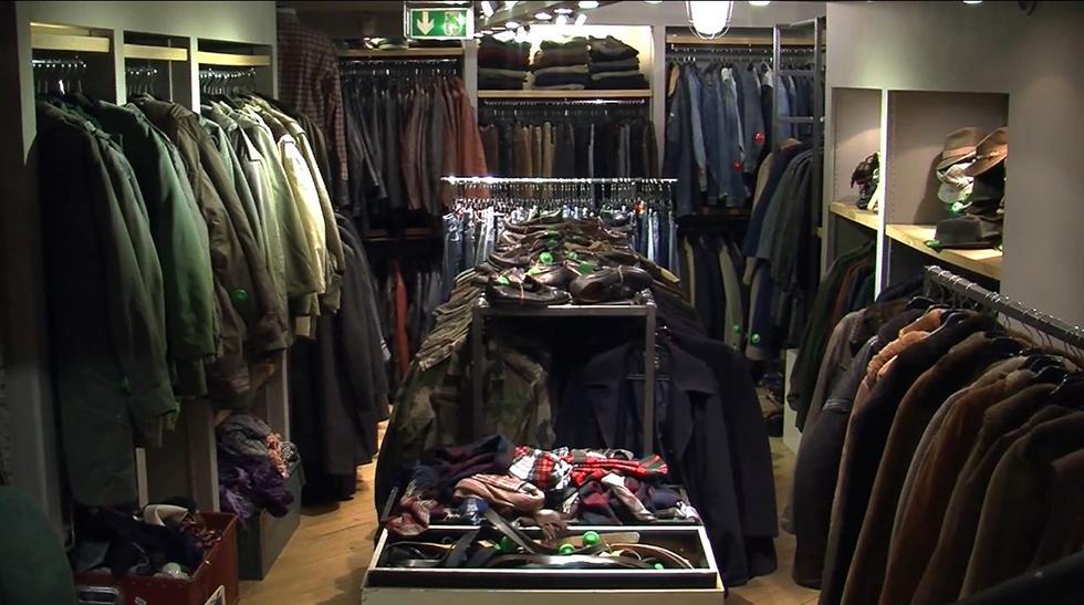 """התרגלו לשאול: """"כמה הג'ינס הזה שוקל?""""חנות קילו-שופ"""