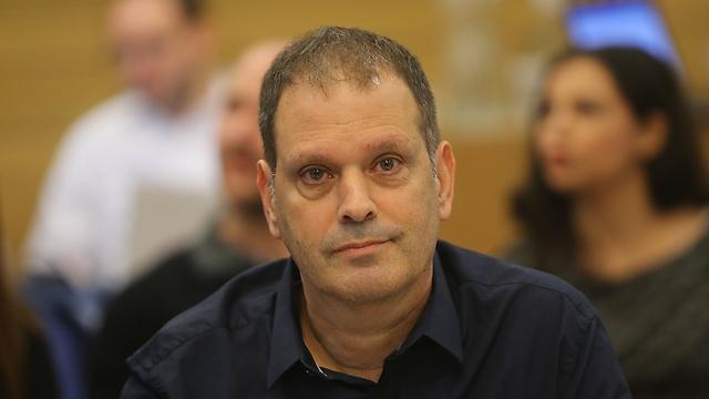 """יו""""ר תאגיד השידור, גיל עומר (צילום: אלכס קולומויסקי) (צילום: אלכס קולומויסקי)"""