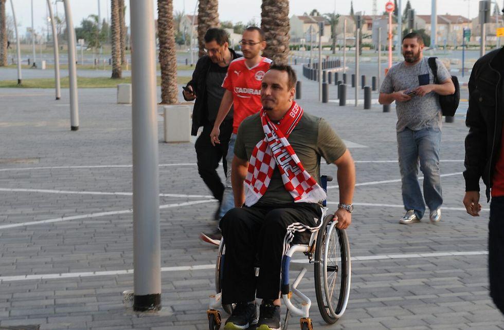 התאונה הותירה אותו על כיסא גלגלים (צילום: ישראל יוסף) (צילום: ישראל יוסף)