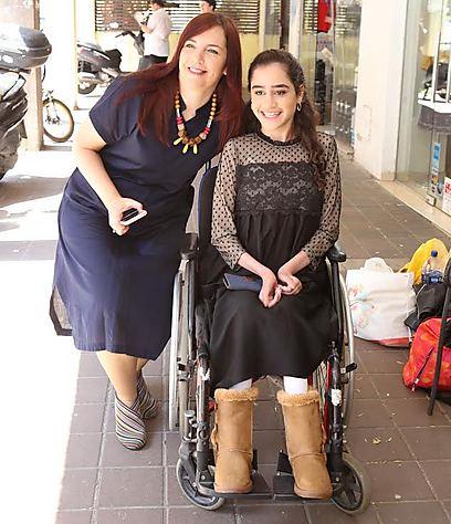 נורית כהן עם שירה אלישייב (צילום: יוני רייף)