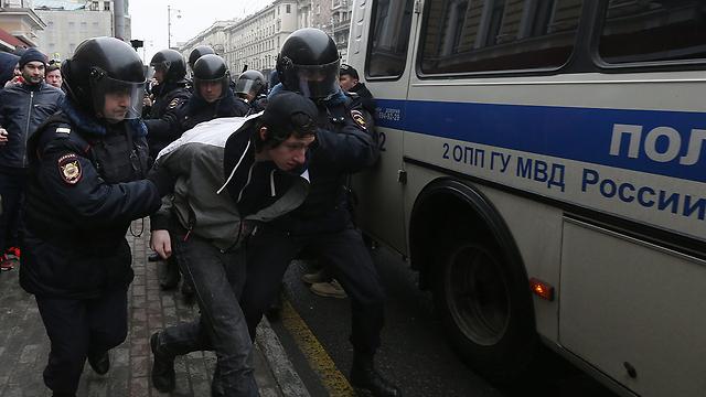 Аресты участников демонстрации в Москве. Фото: ЕРА