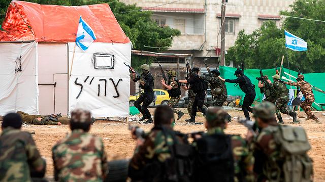 Боевики ХАМАС отрабатывают войну с Израилем. Фото: AFP