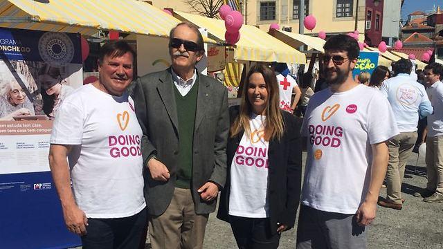 גם הדוכס הצטרף: יום מעשים טובים בינלאומי בפורטוגל (צילום: באדיבות רוח טובה)