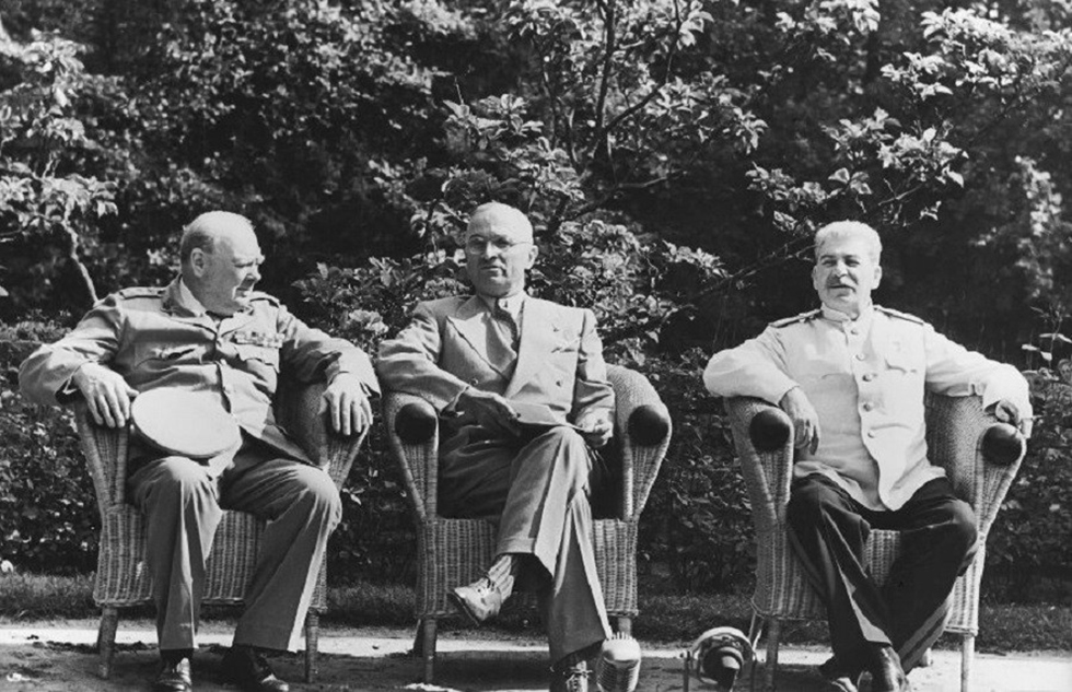 Churchill, Truman and Stalin in Potsdam (Photo: Yevgeny Khaldei, downloaded from russiainphoto.ru)