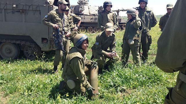 """המהלך הצליח מעבר למצופה. תלמידים בגדנ""""ע בבסיס הנדסה קרבית (צילום: דובר צה""""ל) (צילום: דובר צה"""