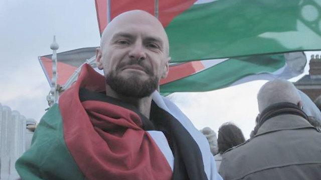 חבר המועצה בדבלין שיזם את הנפת הדגל ()
