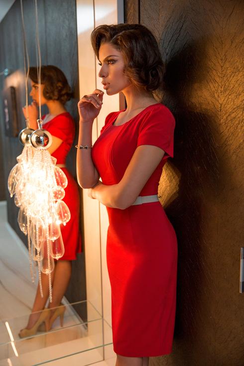 בתפקיד סופיה לורן: בר חפר (צילום: דביר כחלון)