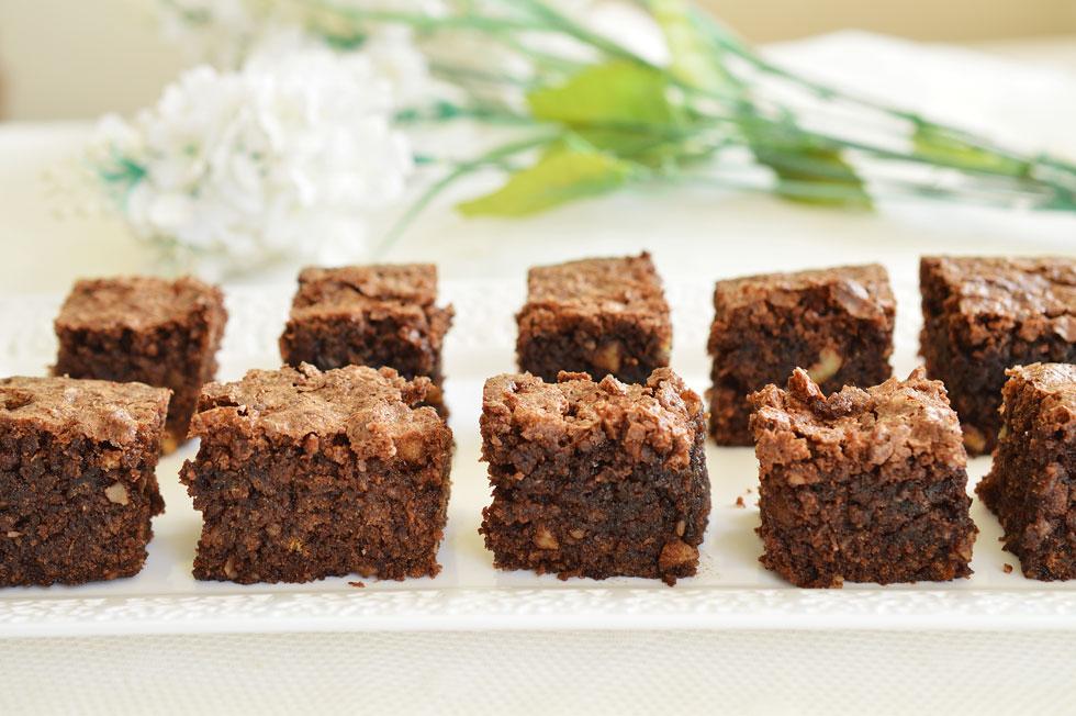 עוגת שוקולד לפסח בקלי קלות (צילום: אפרת סיאצ'י)