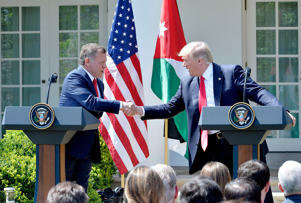 הנשיא טראמפ ועבדאללה מלך ירדן. ארכיון (צילום: mct) (צילום: mct)
