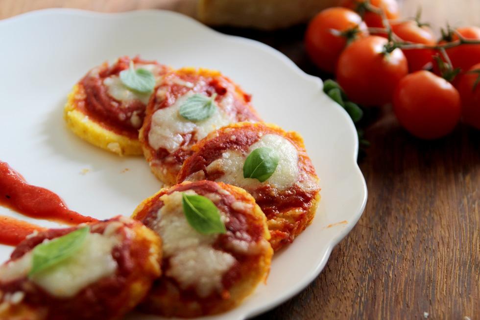 פיצה פולנטה (צילום: דפנה אוסטר מיכאל)