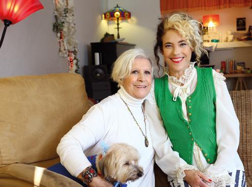 עם אמה מריאור  (צילום: אביגיל עוזי)