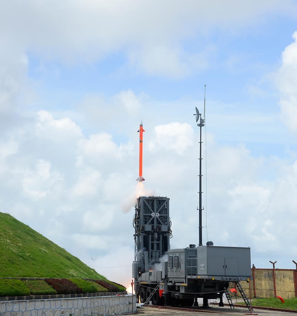 ניסוי במערכת ההגנה האווירית MRSAM בספטמבר 2016 (צילום: התעשייה האווירית) (צילום: התעשייה האווירית)
