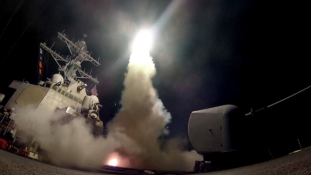 US launches cruise missiles at Syria in response to sarin gas attack (Photo: EPA)