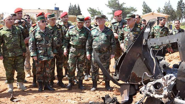Syrian Arab Army Chief of Staff Ayyoub with fellow Syrian soldiers