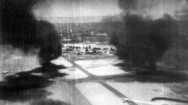שדה התעופה קהיר מערב  (צילום: אריה יעקבי)