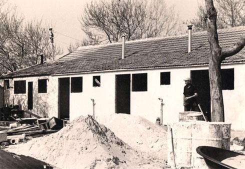 הבית בעת בנייתו, בשנות ה-50 (צילום: מורדו אברהמוב)