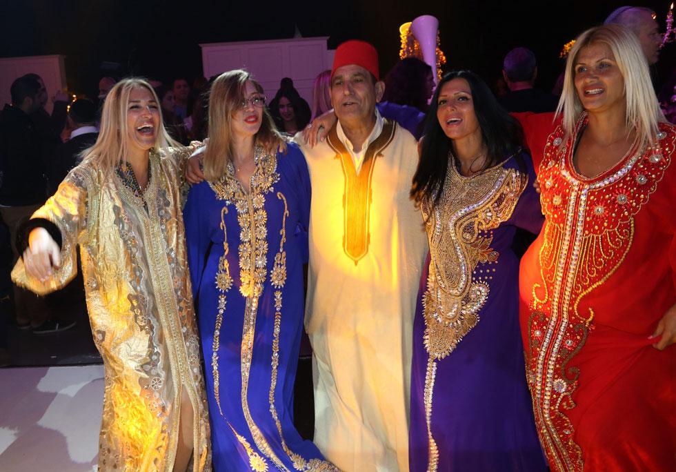 עד השנים האחרונות, נשלפה הגלבייה מארון הבגדים בעיקר באירועים חברתיים: החינה המסורתית וחגיגות המימונה  (צילום: צביקה טישלר)