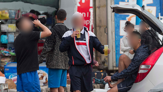 כשהדור הצעיר ממלא את עולמו בסמים ובאלכוהול, עלינו לנתב את הדברים למקום הנכון  (צילום עידו ארז)