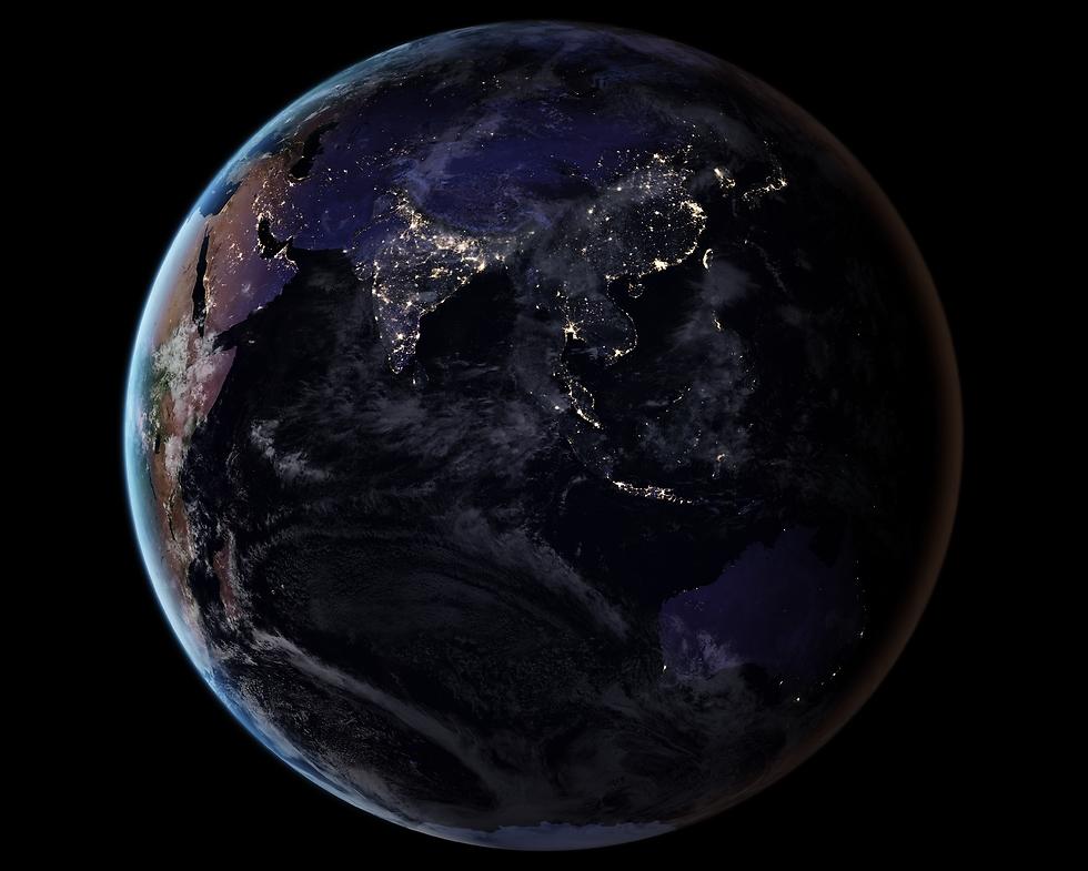 """יבשת אסיה ואוסטרליה בלילה (צילום: נאס""""א) (צילום: נאס"""