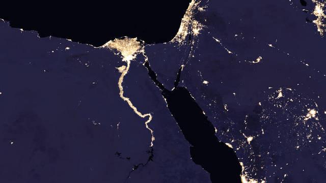 """ישראל, מצרים ומדינות נוספות באזור בשעות הלילה (צילום: נאס""""א) (צילום: נאס"""