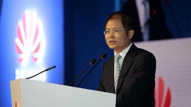 """אריק שו, מנכ""""ל וואווי (צילום: וואווי)"""