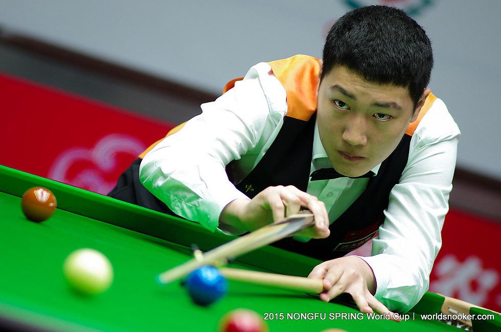 יאן בינגטאו. על הבמה של הגדולים (צילום: Tai Chengzhe, worldsnooker.com)