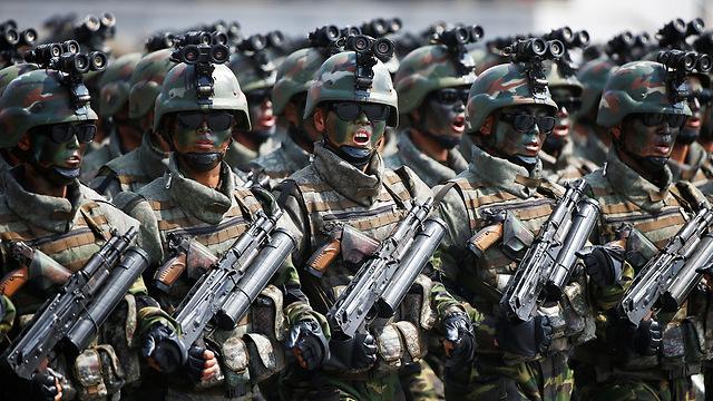 האיום הממשי הוא על דרום קוריאה ויפן. הצבא הצפון-קוריאני (צילום: רויטרס)