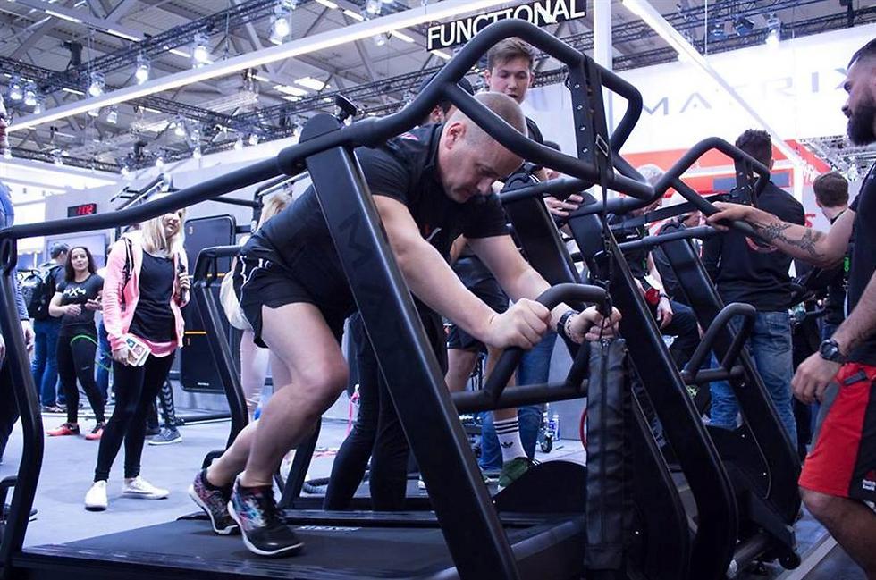 הליכונים? כבר לא רק לאירובי. צילום: Fibo Global Fitness (Fibo Global Fitness)