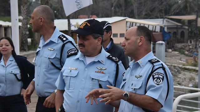 Police Chief Roni Alsheikh briefed on search (Photo: Police Spokesperson's Unit)