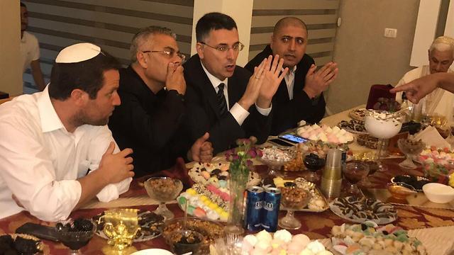 Former Minister Gideon Sa'ar (3rd from left) in Ashkelon