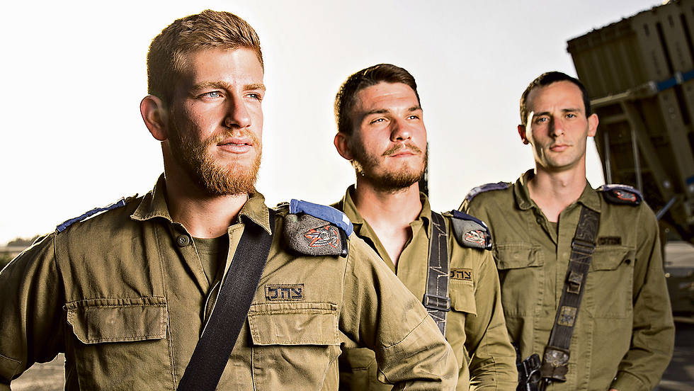 Second Lt Chen Shaked, Lt. Dima Kisilov and Lt. Ron Shavit (Photo: Tal Shahar)