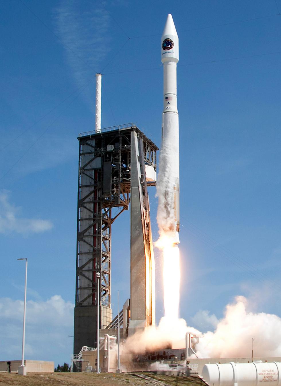 שיגור טיל אטלס 5 מקייפ קנוורל (צילום: AP)