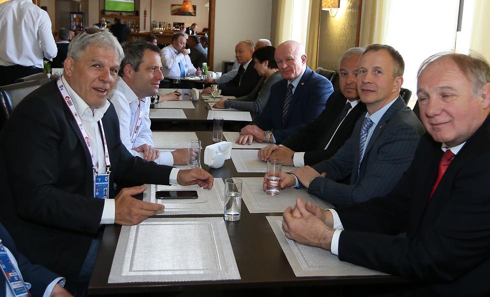 Моше Понти на встрече с EJU. Фото: Орен Ахарони (Photo: Oren Aharoni)