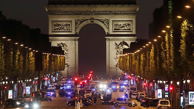 Paris's Champs-Elysees following a terrorist attack (Photo: Reuters)