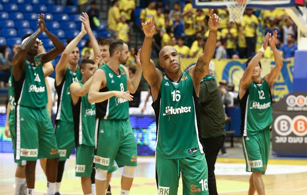ניצחון קל למכבי חיפה (צילום: ראובן שוורץ)