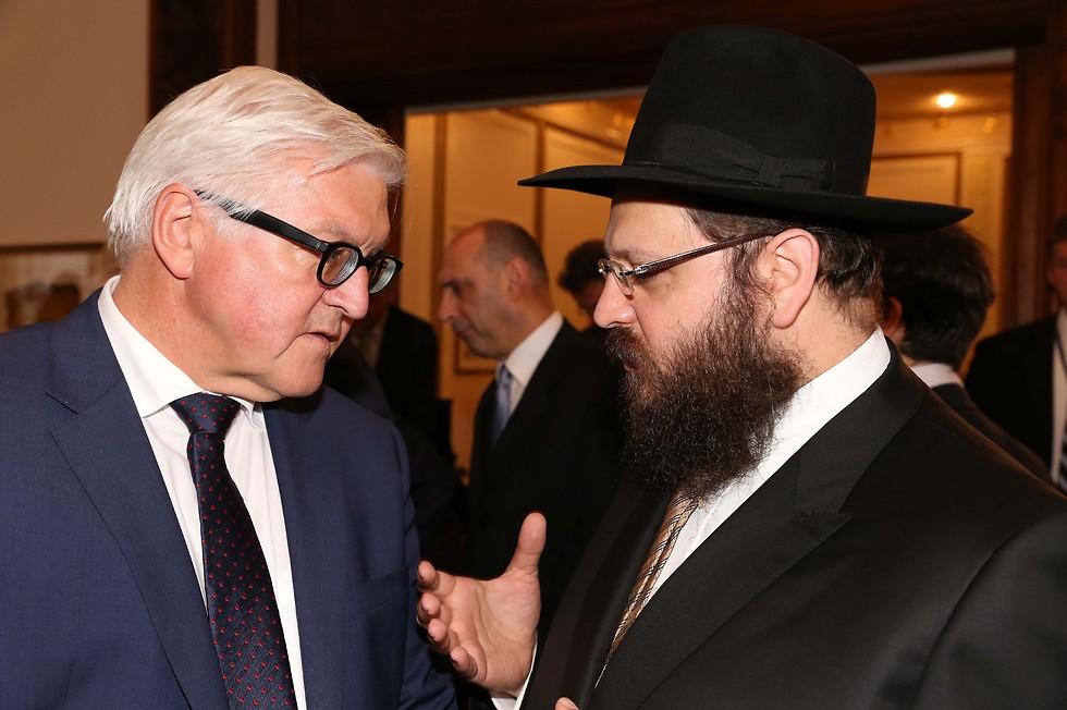 Rabbi Teichtal with President Steinmeier (Photo: Juedisches Publishing House)