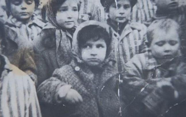 Александра Гарбузова - девочка с фотографии