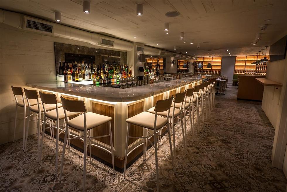 """מסעדת """"נור"""" של השף מאיר אדוני בניו יורק (צילום: Paul Wagtouicz) (צילום: Paul Wagtouicz)"""
