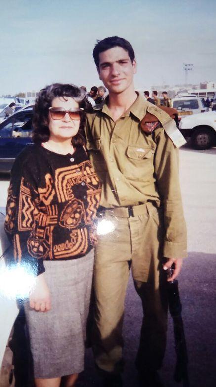 ראובן מגנאג'י בימיו כחייל