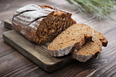"""פרוסת לחם, 30-10 מק""""ג יוד (צילום: Shutterstock)"""