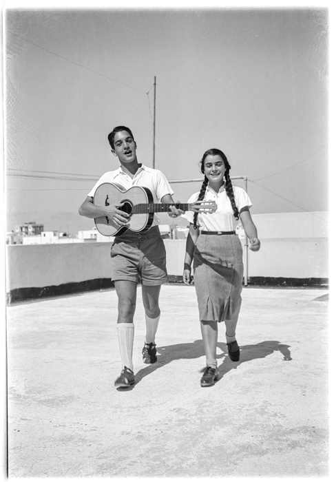 This musical couple is not on a date. (Photo: Rudi Weissenstein/The PhotoHouse)
