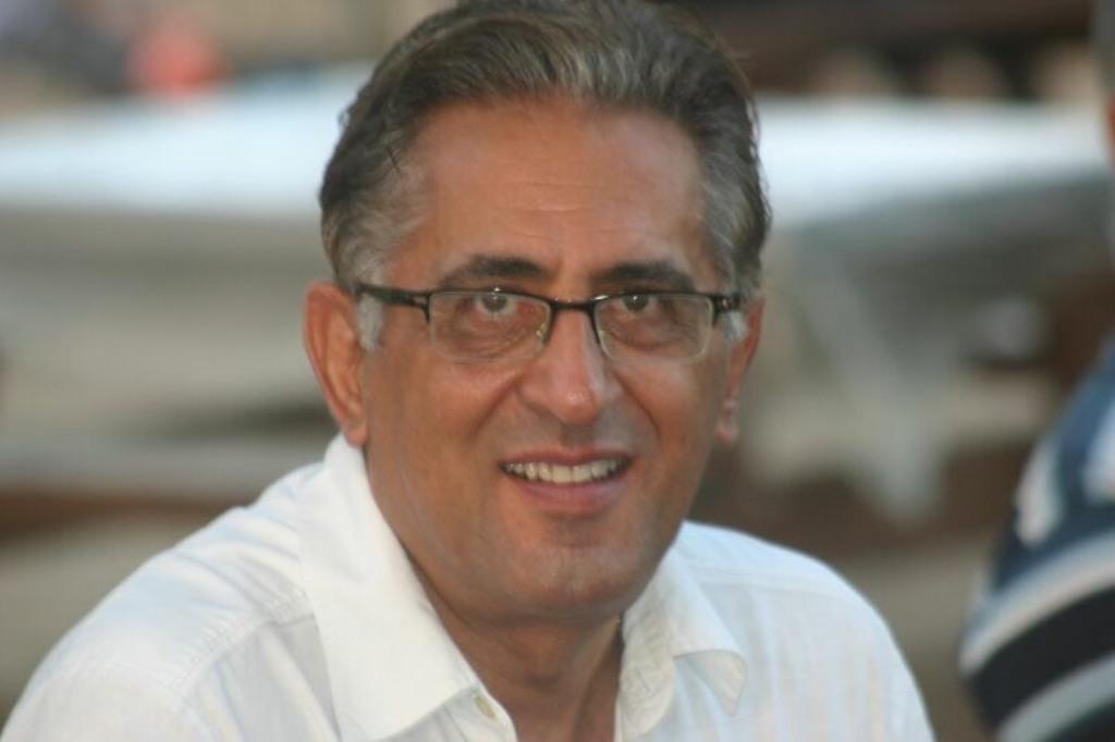 Dr. Isaac Daizade